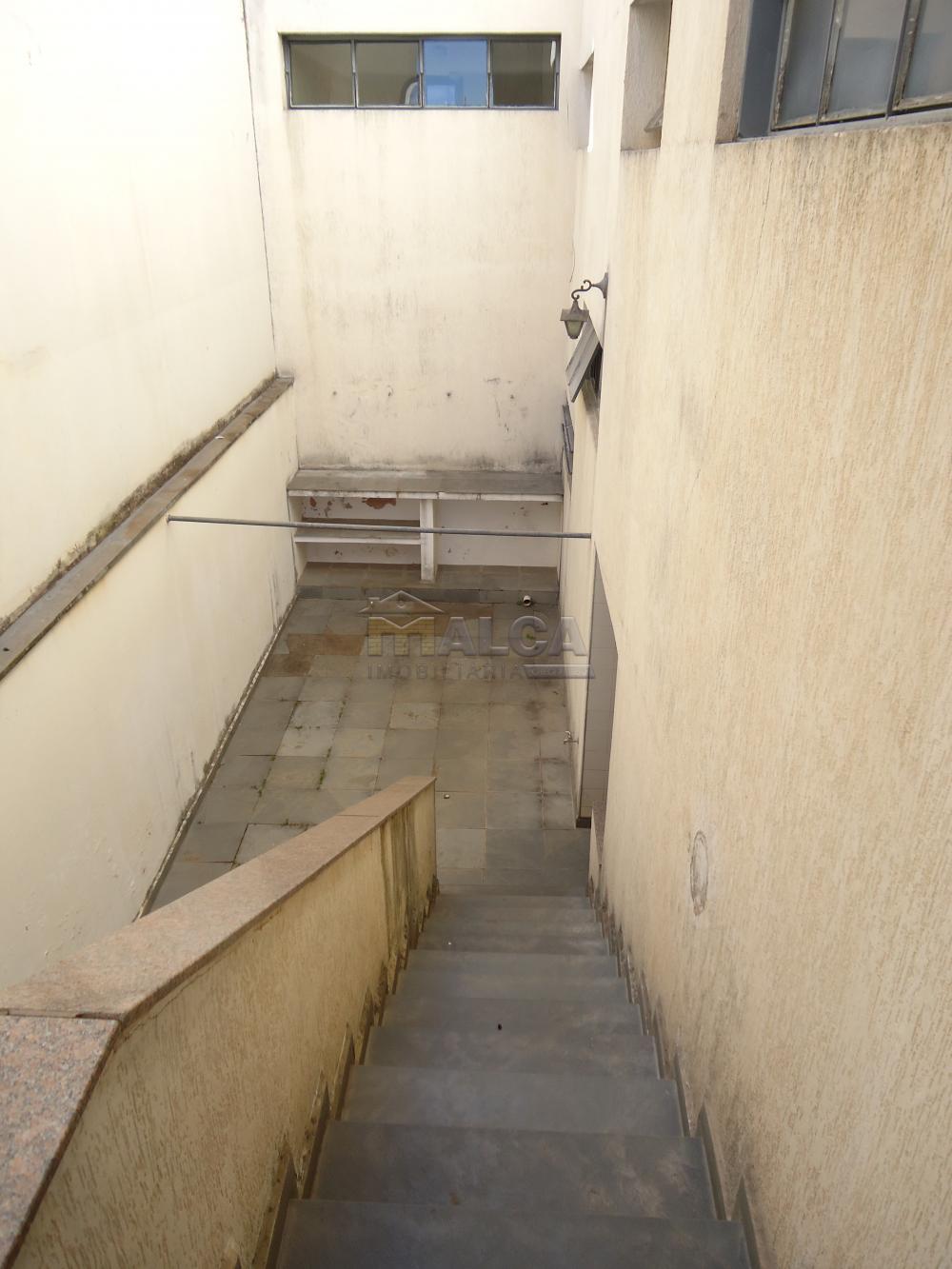 Alugar Casas / Padrão em São José do Rio Pardo apenas R$ 5.500,00 - Foto 52