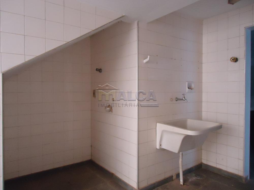 Alugar Casas / Padrão em São José do Rio Pardo apenas R$ 5.500,00 - Foto 56