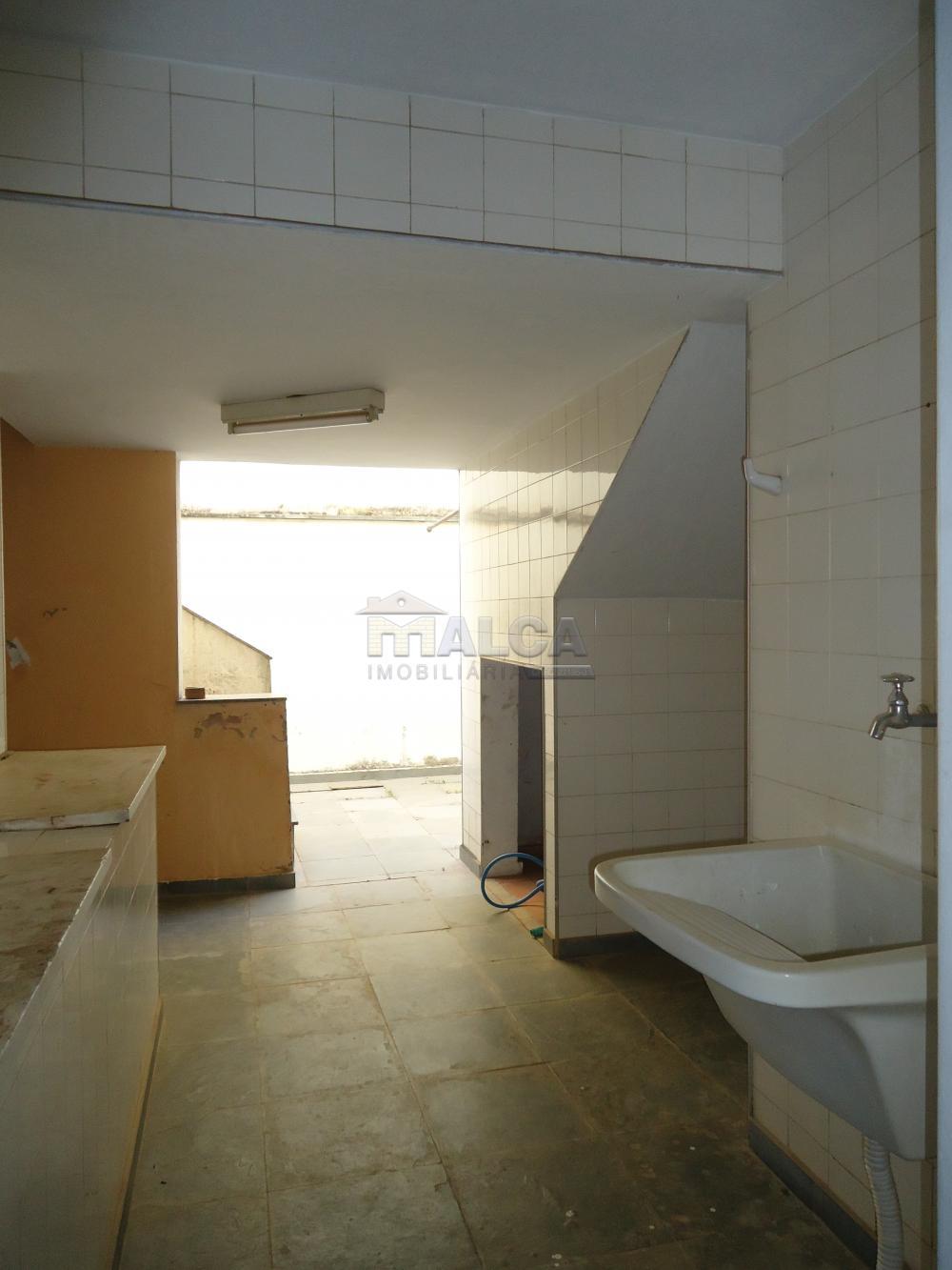 Alugar Casas / Padrão em São José do Rio Pardo apenas R$ 5.500,00 - Foto 57