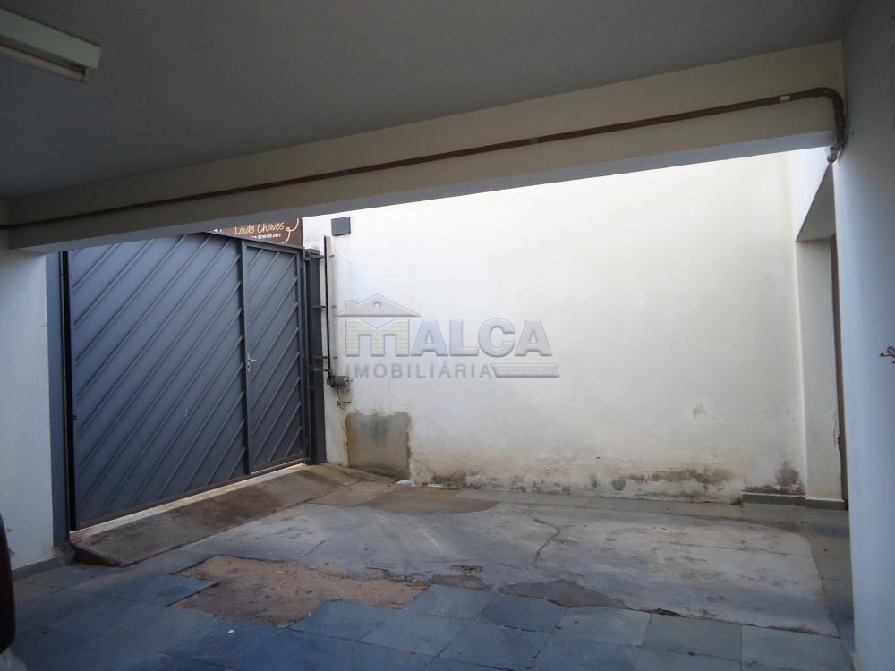 Alugar Casas / Padrão em São José do Rio Pardo apenas R$ 5.500,00 - Foto 73