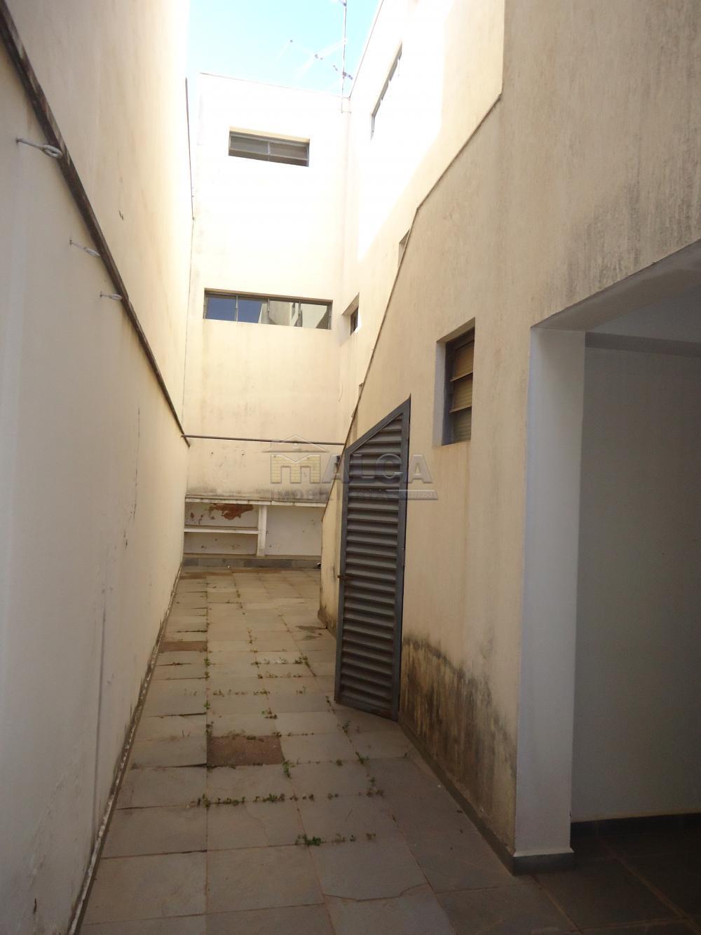 Alugar Casas / Padrão em São José do Rio Pardo apenas R$ 5.500,00 - Foto 63
