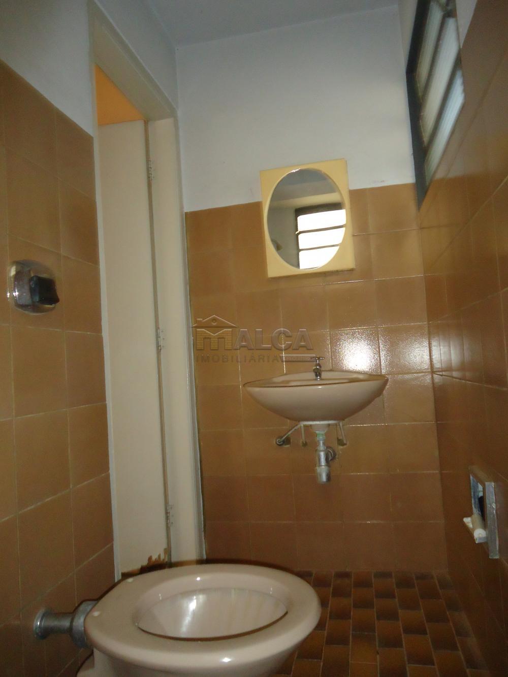 Alugar Casas / Padrão em São José do Rio Pardo apenas R$ 5.500,00 - Foto 60