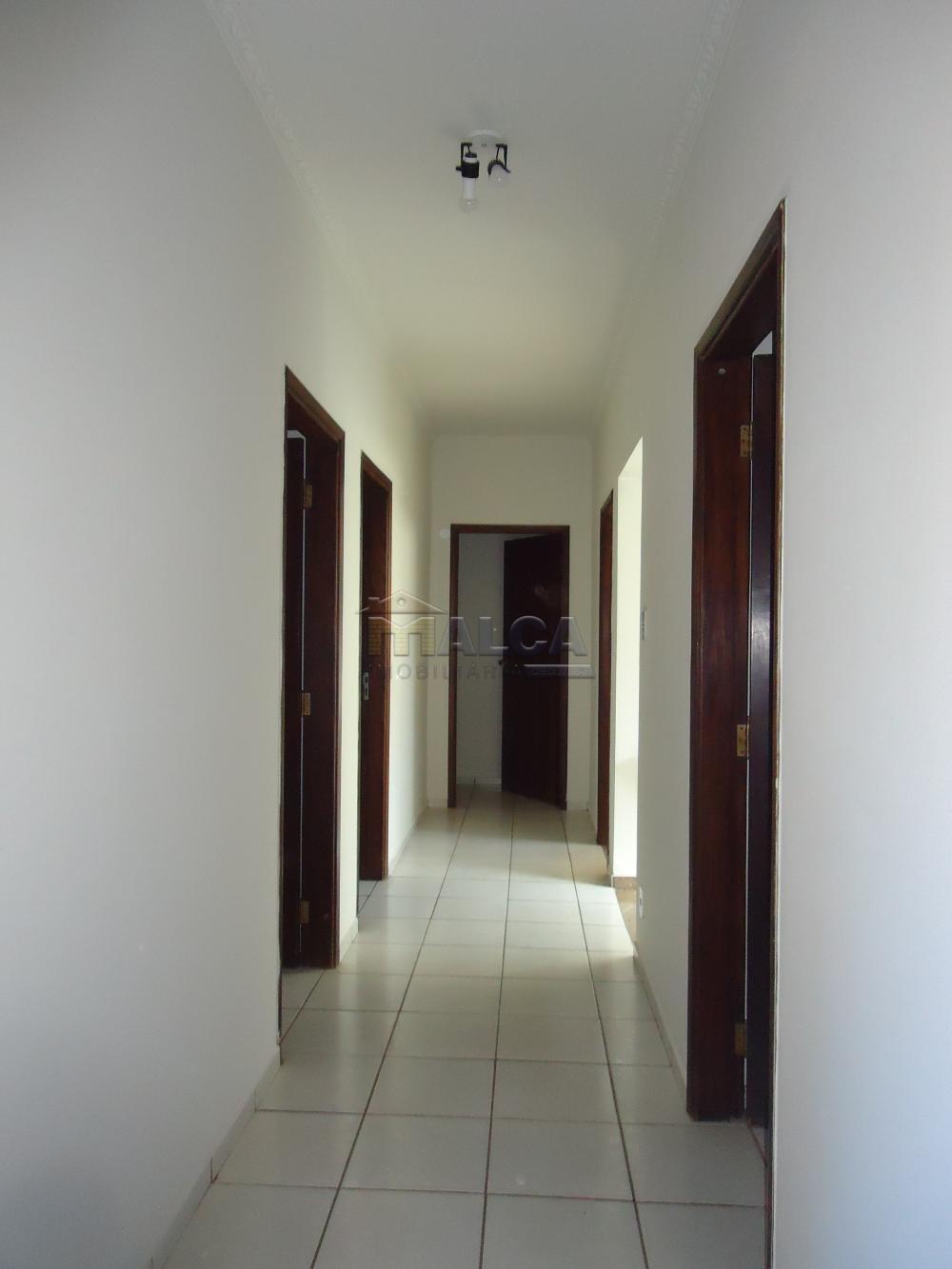 Alugar Casas / Padrão em São José do Rio Pardo apenas R$ 5.500,00 - Foto 19