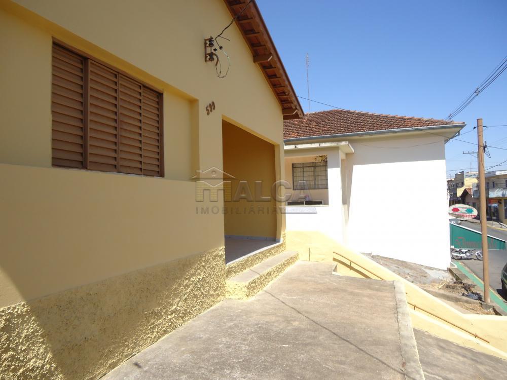 Alugar Casas / Padrão em São José do Rio Pardo apenas R$ 650,00 - Foto 3