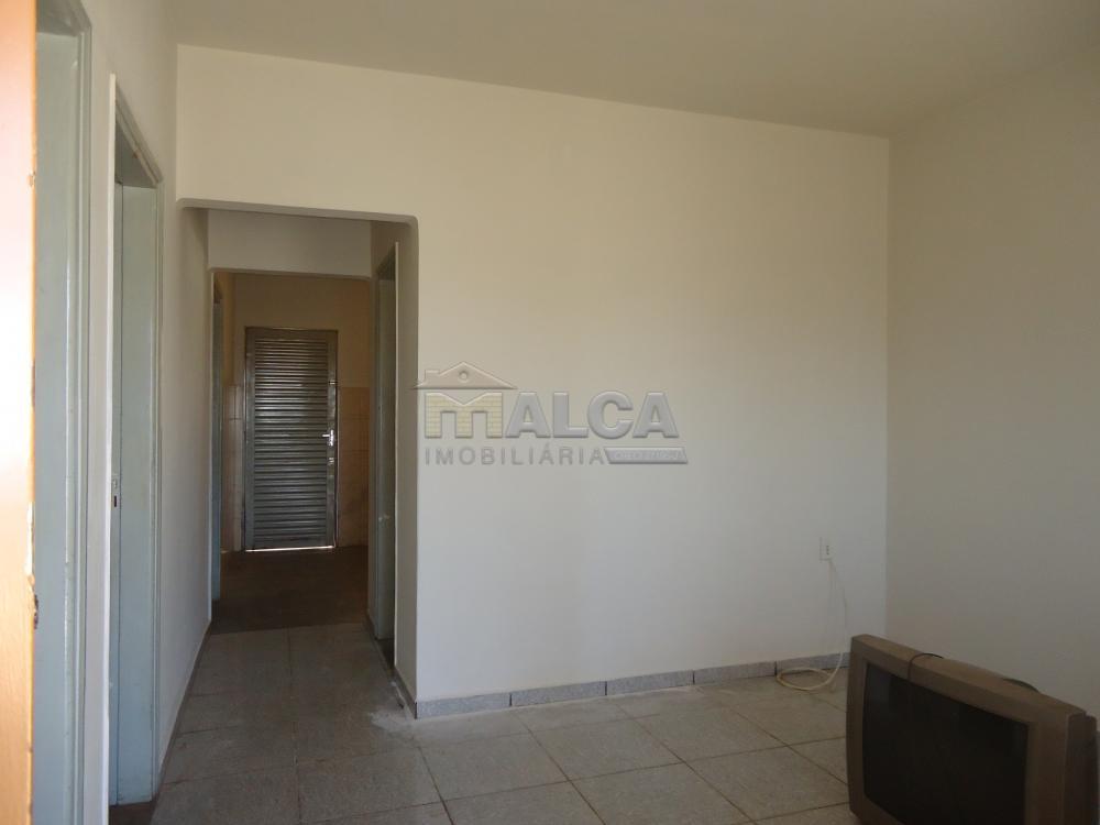 Alugar Casas / Padrão em São José do Rio Pardo apenas R$ 650,00 - Foto 5