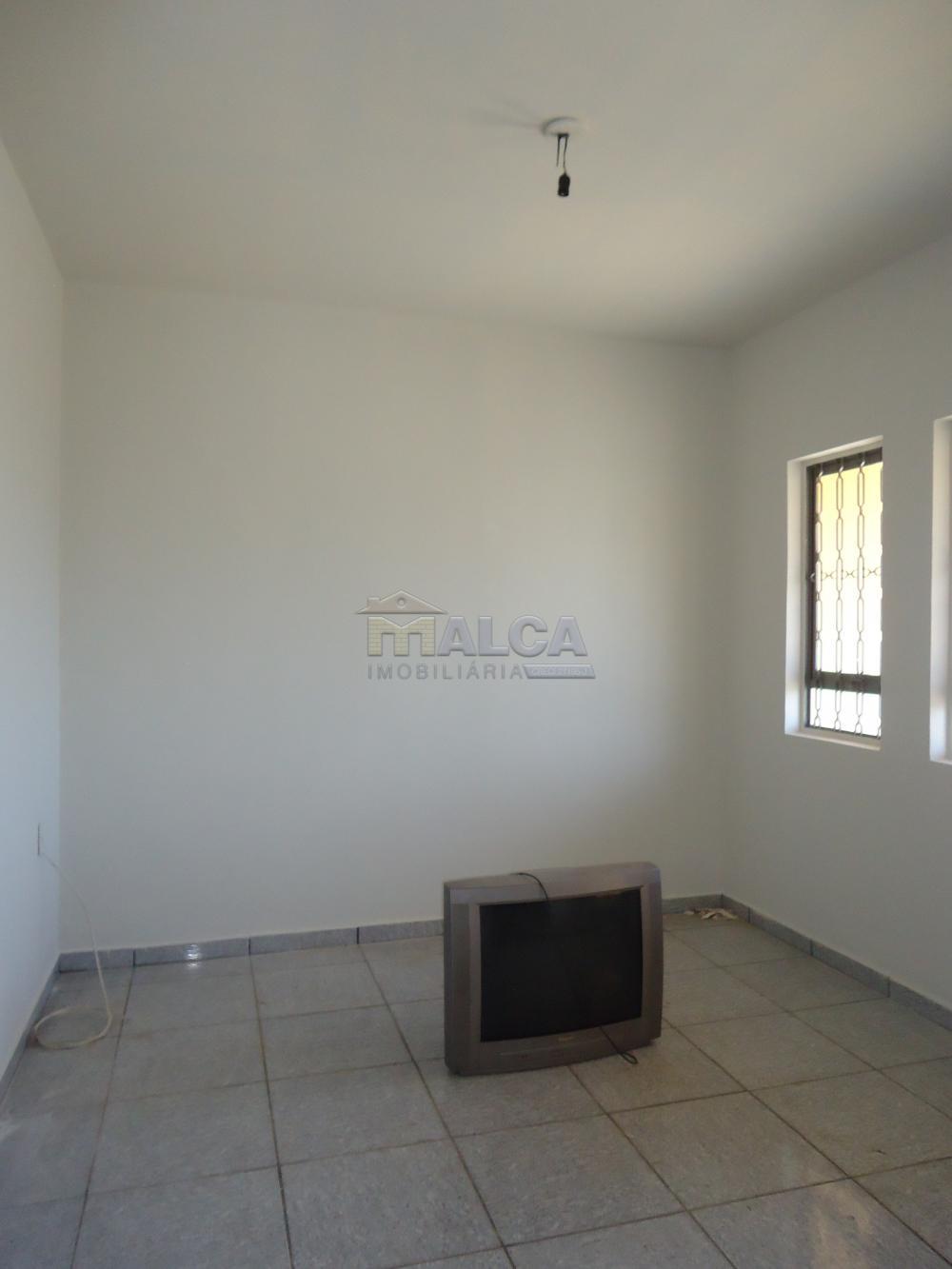Alugar Casas / Padrão em São José do Rio Pardo apenas R$ 650,00 - Foto 6