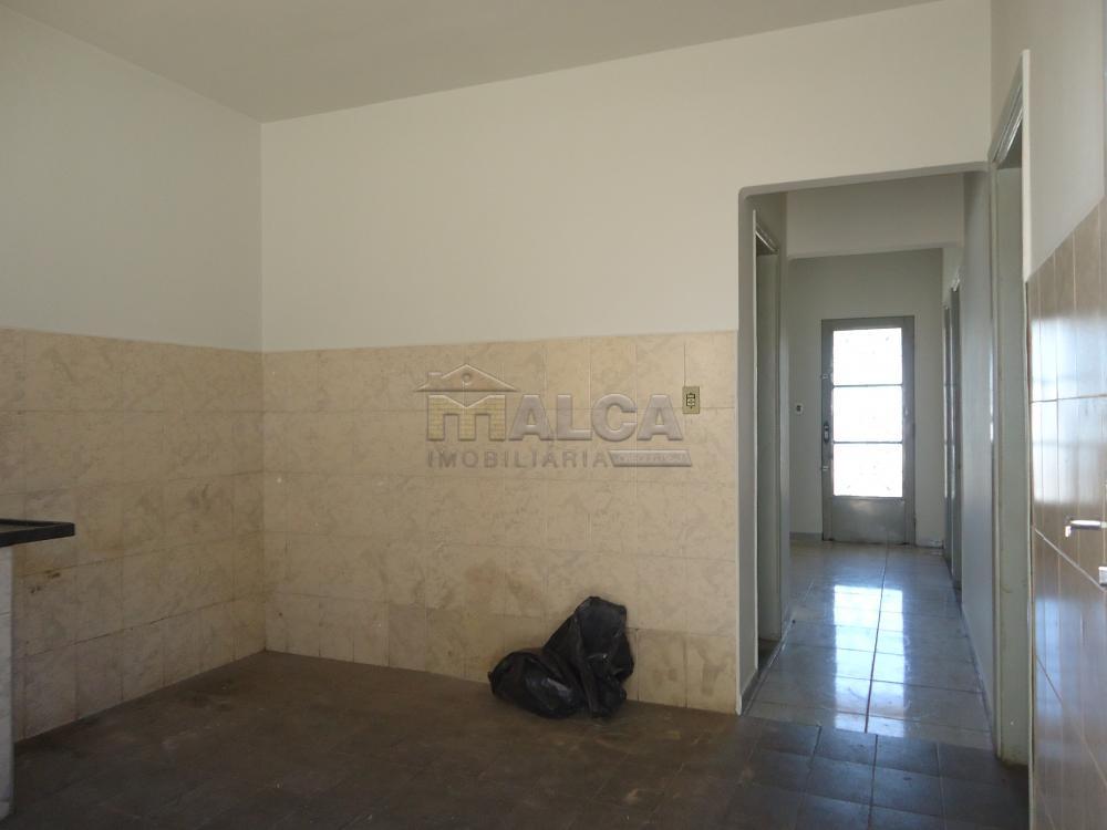 Alugar Casas / Padrão em São José do Rio Pardo apenas R$ 650,00 - Foto 19