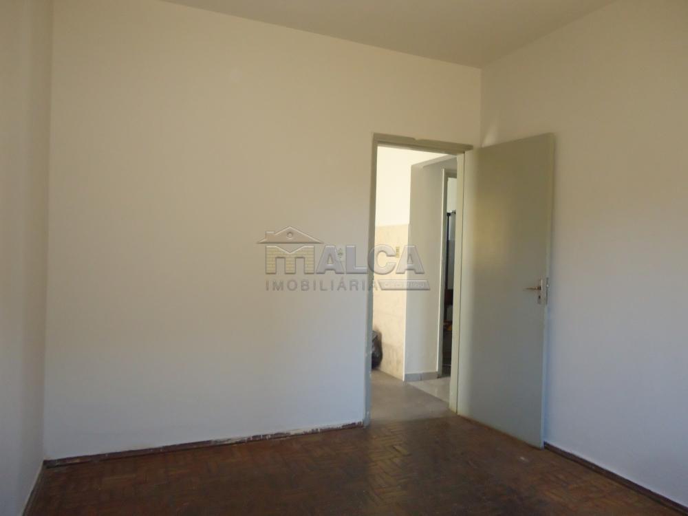 Alugar Casas / Padrão em São José do Rio Pardo apenas R$ 650,00 - Foto 15
