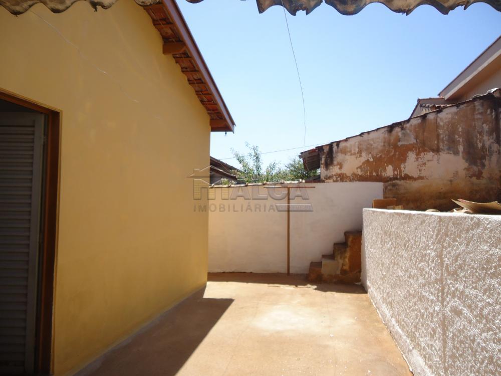 Alugar Casas / Padrão em São José do Rio Pardo apenas R$ 650,00 - Foto 23