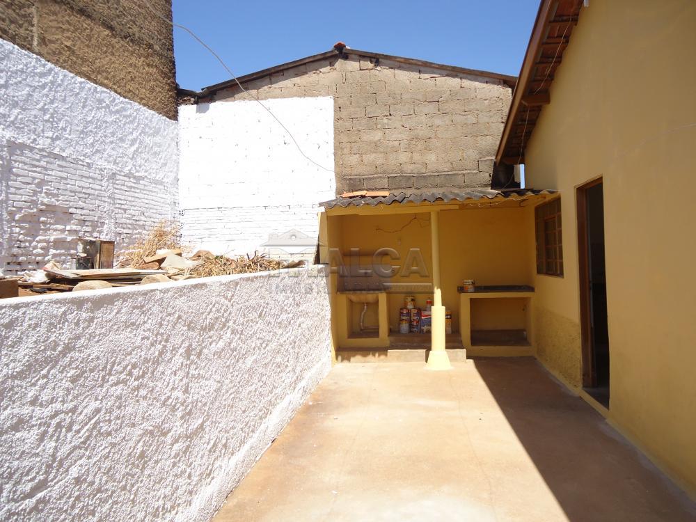 Alugar Casas / Padrão em São José do Rio Pardo apenas R$ 650,00 - Foto 22