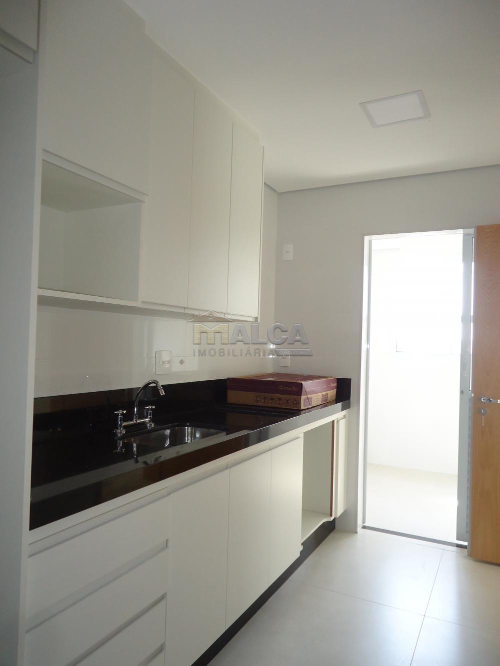 Alugar Apartamentos / Condomínio em São José do Rio Pardo apenas R$ 2.000,00 - Foto 27