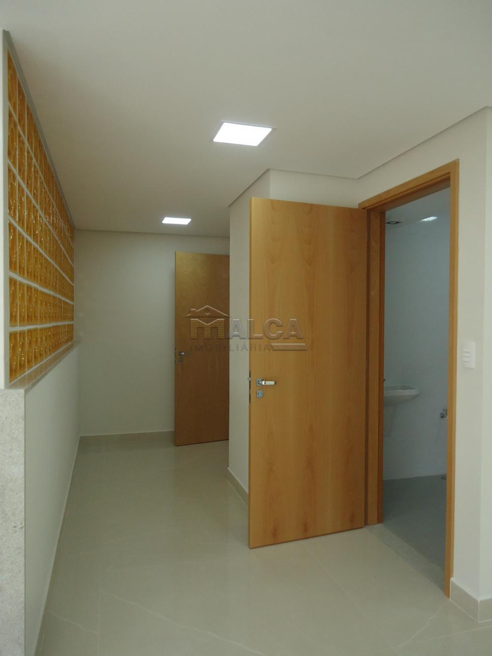 Alugar Apartamentos / Condomínio em São José do Rio Pardo apenas R$ 2.000,00 - Foto 86