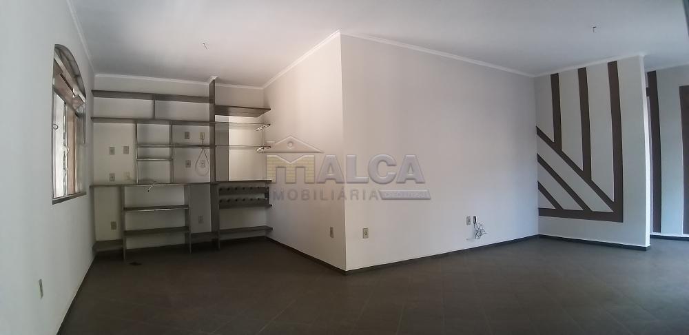 Comprar Casas / Padrão em São José do Rio Pardo apenas R$ 350.000,00 - Foto 7