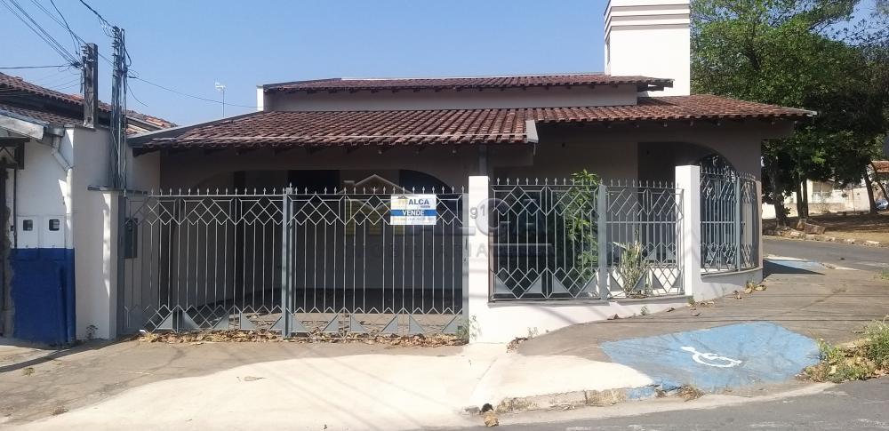 Comprar Casas / Padrão em São José do Rio Pardo apenas R$ 350.000,00 - Foto 2