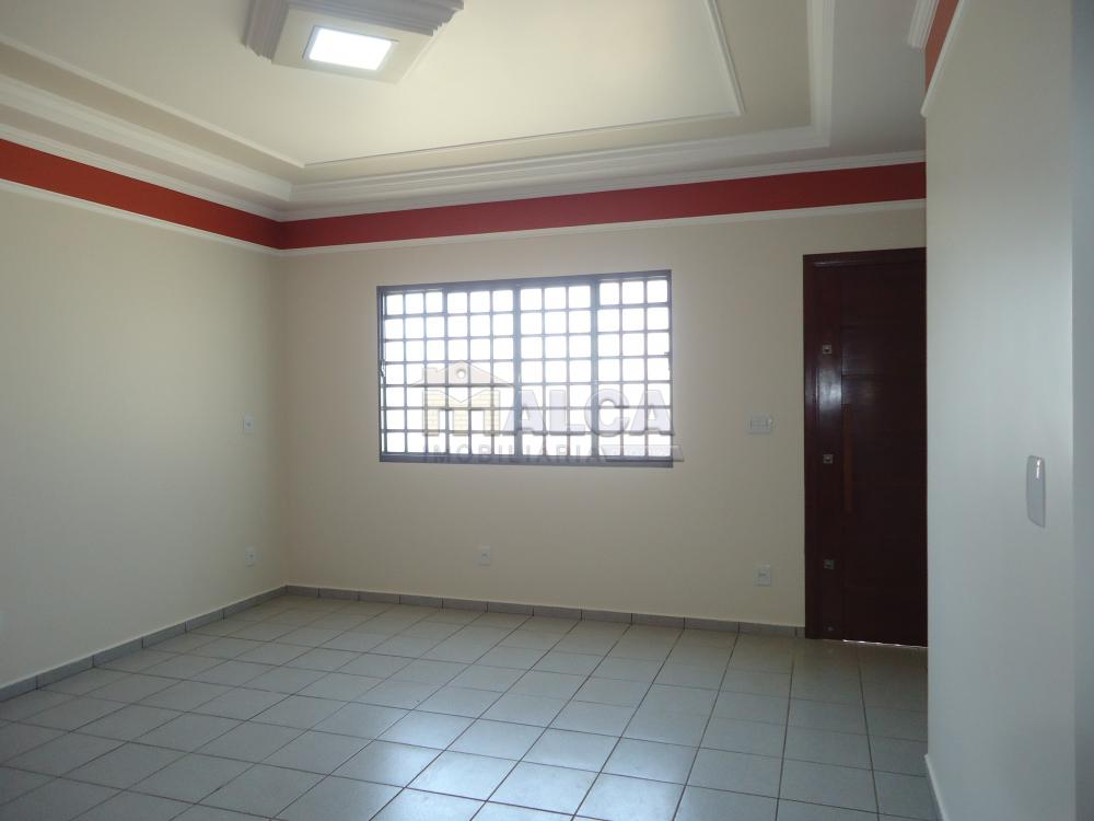 Alugar Casas / Padrão em São José do Rio Pardo apenas R$ 2.450,00 - Foto 11