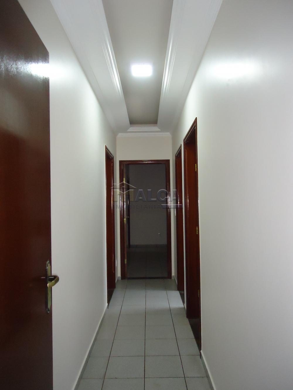 Alugar Casas / Padrão em São José do Rio Pardo apenas R$ 2.450,00 - Foto 13