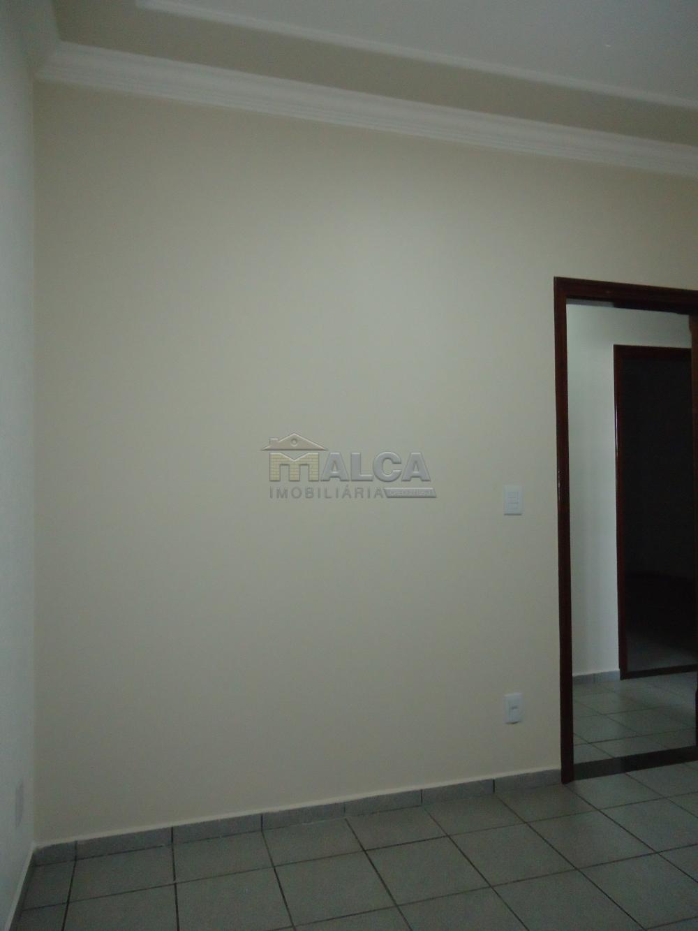 Alugar Casas / Padrão em São José do Rio Pardo apenas R$ 2.450,00 - Foto 16