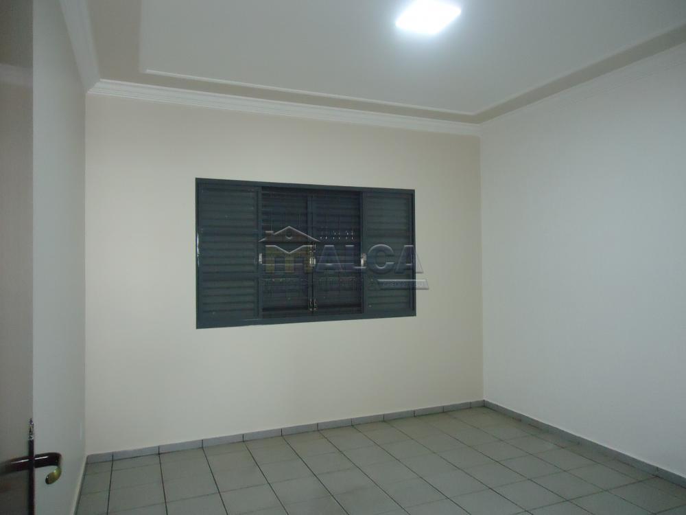 Alugar Casas / Padrão em São José do Rio Pardo apenas R$ 2.450,00 - Foto 18