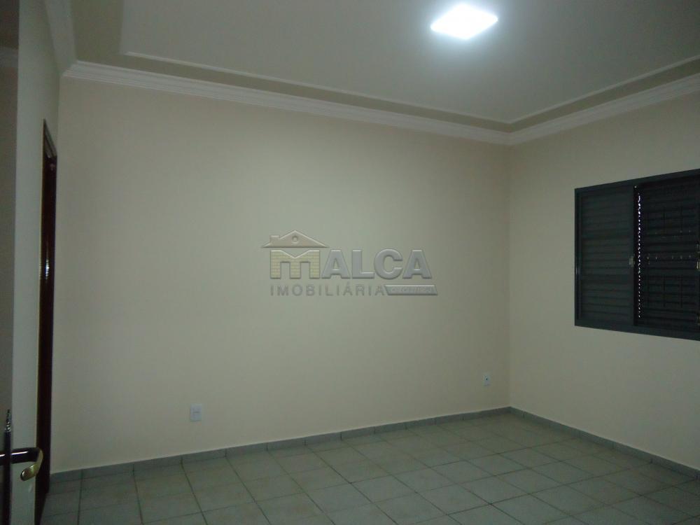 Alugar Casas / Padrão em São José do Rio Pardo apenas R$ 2.450,00 - Foto 25