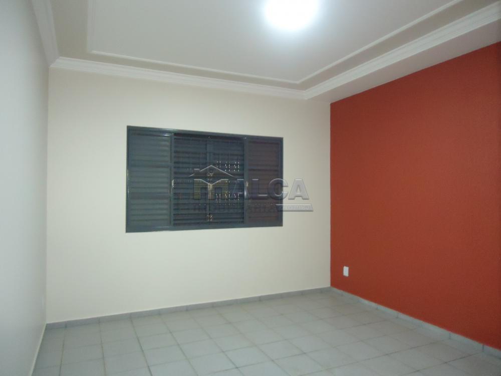 Alugar Casas / Padrão em São José do Rio Pardo apenas R$ 2.450,00 - Foto 26