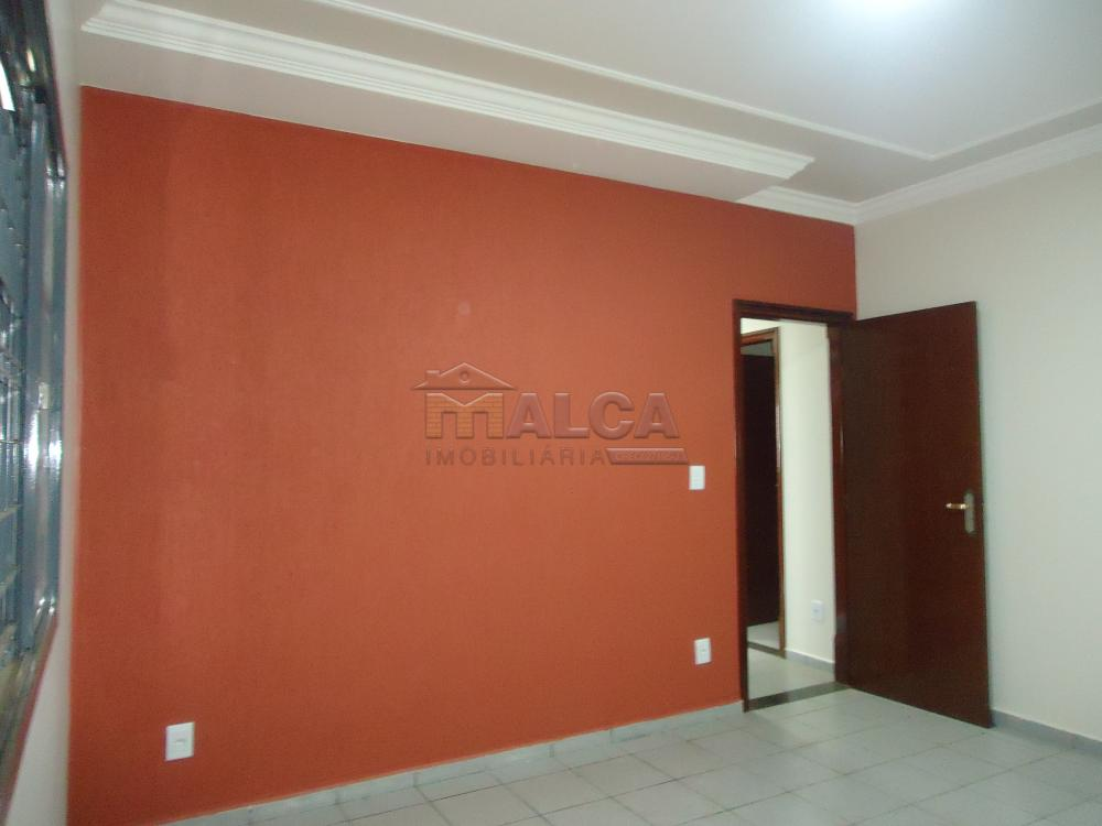 Alugar Casas / Padrão em São José do Rio Pardo apenas R$ 2.450,00 - Foto 27