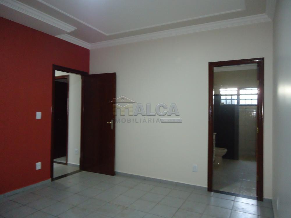 Alugar Casas / Padrão em São José do Rio Pardo apenas R$ 2.450,00 - Foto 28