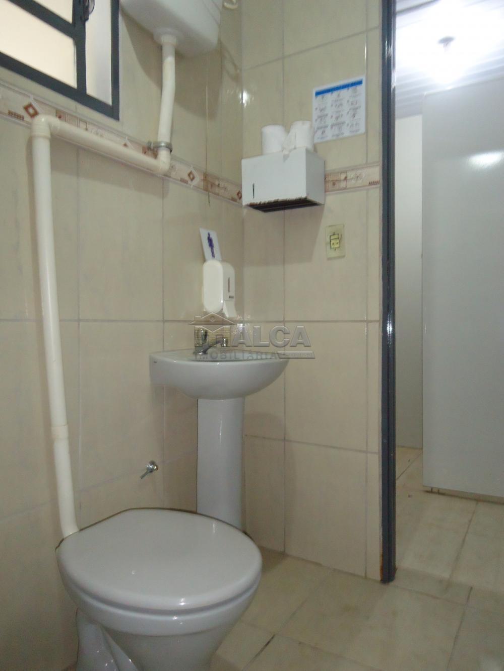Alugar Casas / Padrão em São José do Rio Pardo apenas R$ 2.450,00 - Foto 66