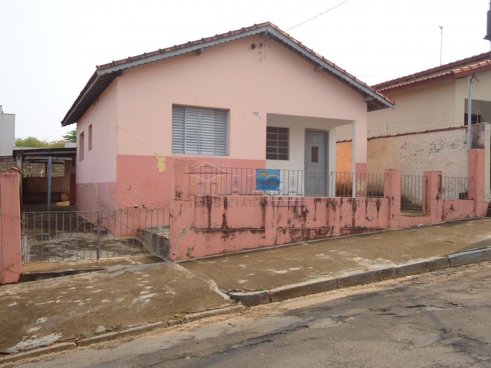 Alugar Casas / Padrão em São José do Rio Pardo apenas R$ 770,00 - Foto 1