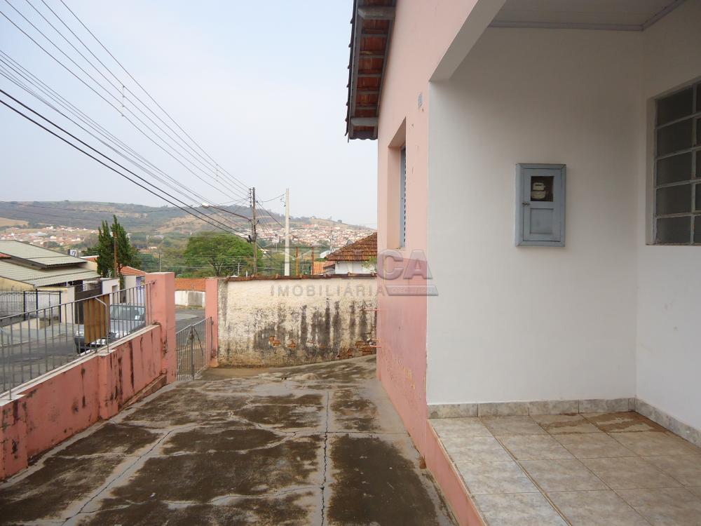 Alugar Casas / Padrão em São José do Rio Pardo apenas R$ 770,00 - Foto 4