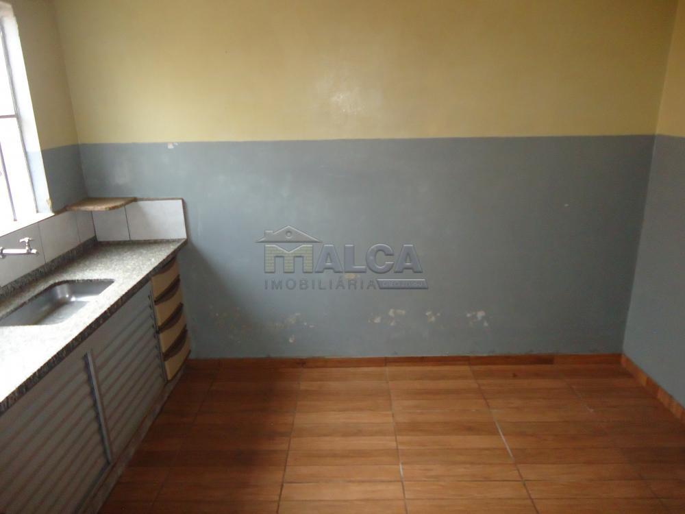 Alugar Casas / Padrão em São José do Rio Pardo apenas R$ 770,00 - Foto 16