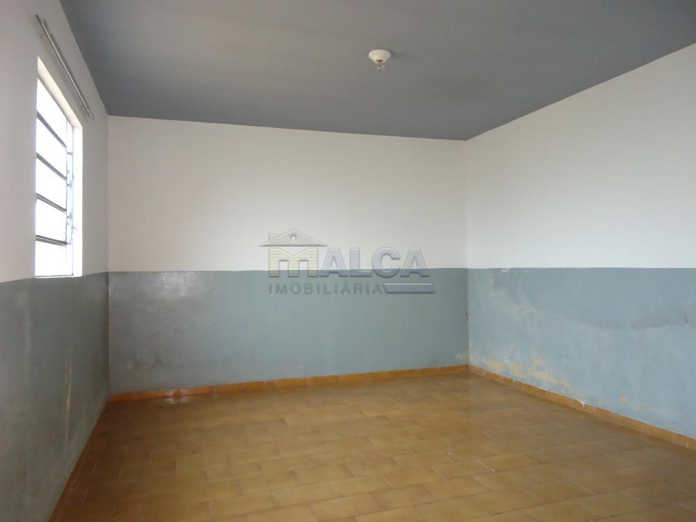 Alugar Casas / Padrão em São José do Rio Pardo apenas R$ 770,00 - Foto 31