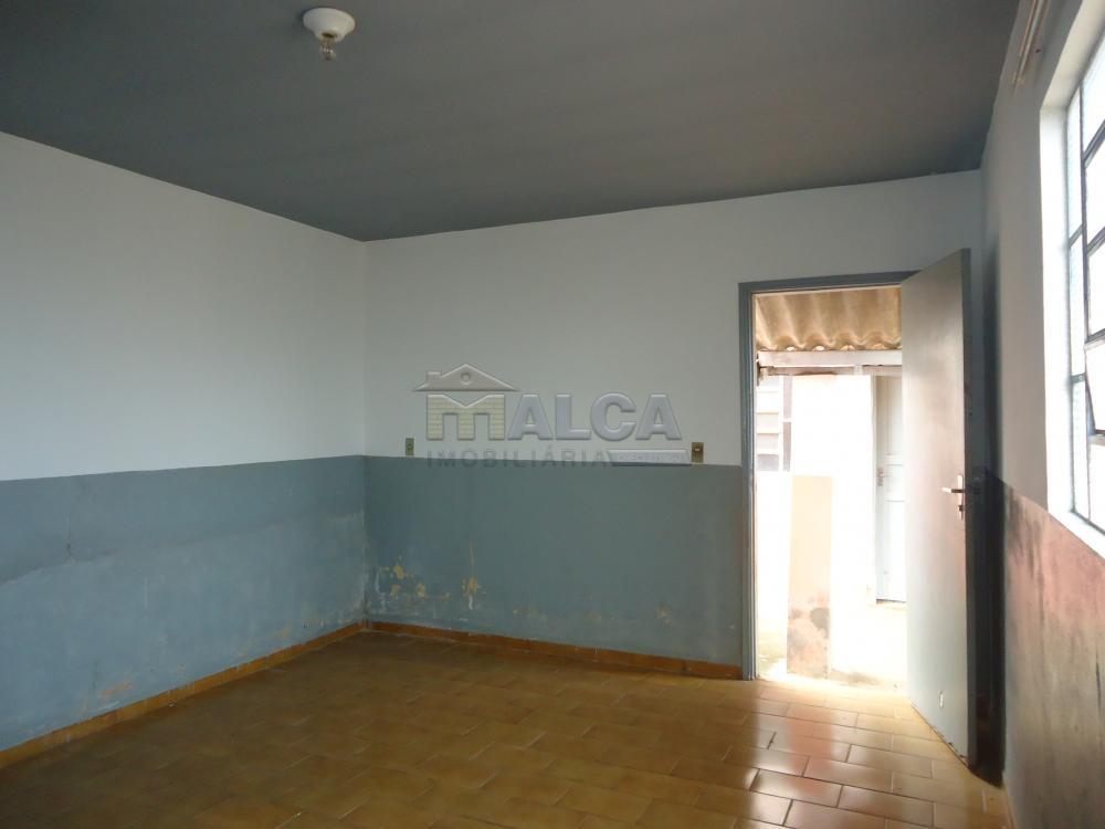 Alugar Casas / Padrão em São José do Rio Pardo apenas R$ 770,00 - Foto 32