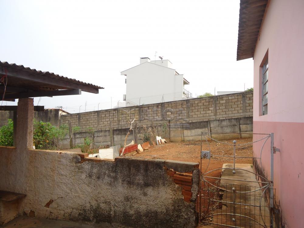 Alugar Casas / Padrão em São José do Rio Pardo apenas R$ 770,00 - Foto 35
