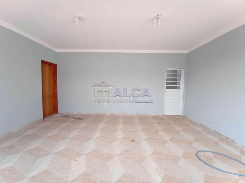Alugar Casas / Padrão em São José do Rio Pardo apenas R$ 1.800,00 - Foto 2