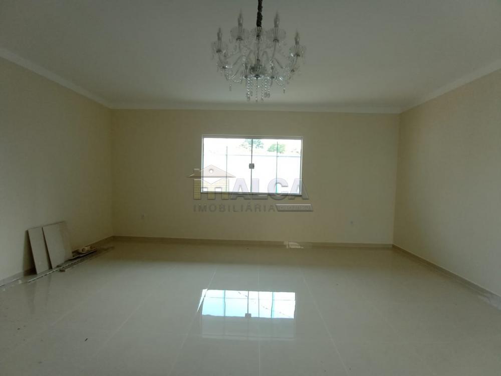 Alugar Casas / Padrão em São José do Rio Pardo apenas R$ 1.800,00 - Foto 7