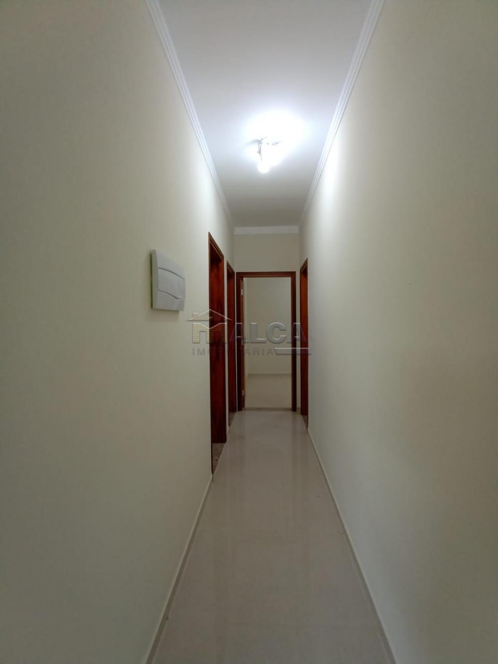 Alugar Casas / Padrão em São José do Rio Pardo apenas R$ 1.800,00 - Foto 9