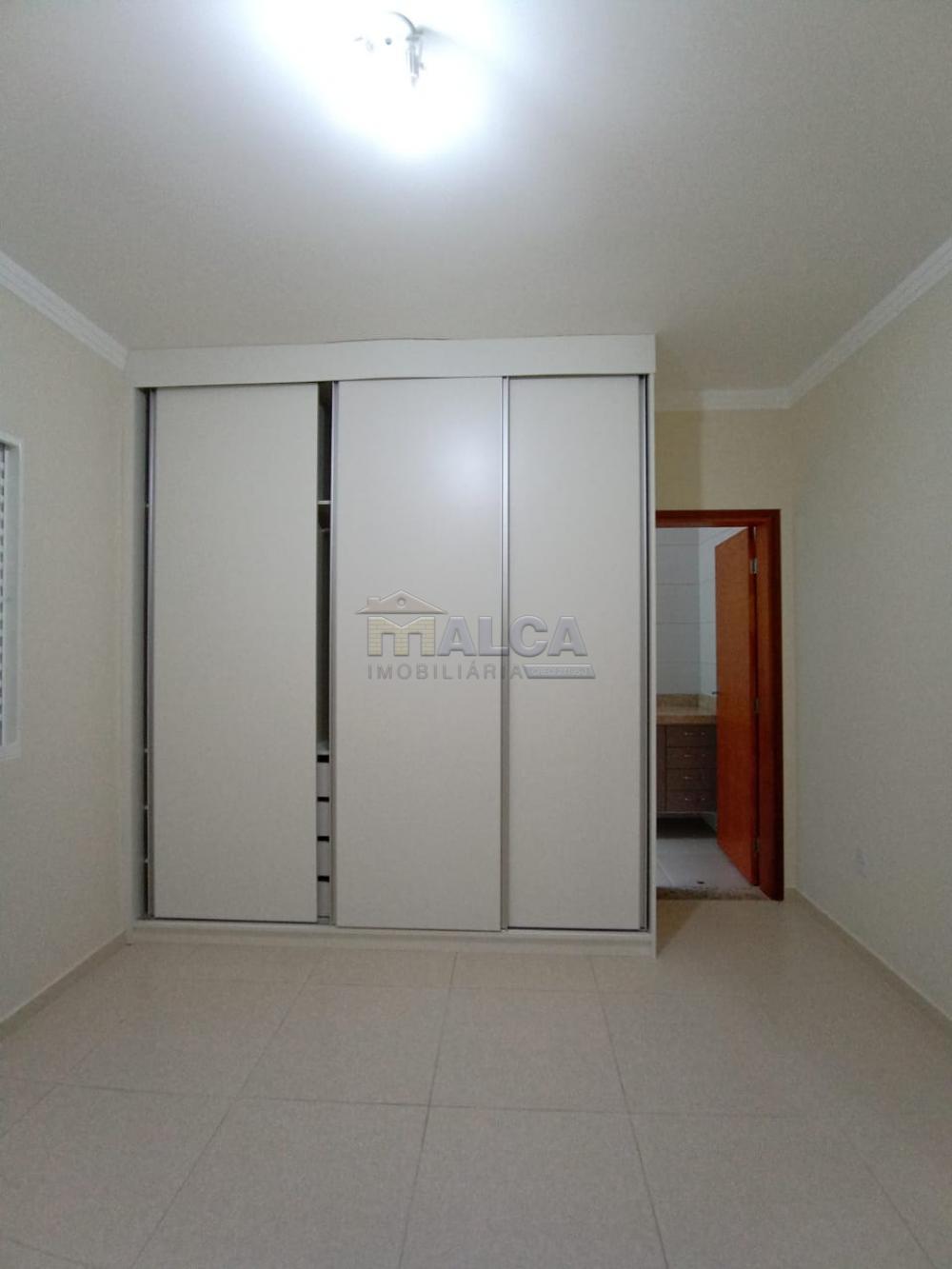 Alugar Casas / Padrão em São José do Rio Pardo apenas R$ 1.800,00 - Foto 14
