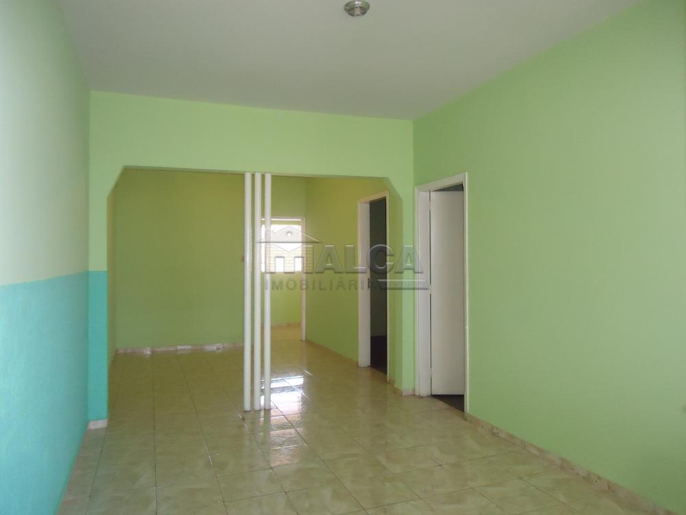 Alugar Casas / Padrão em São José do Rio Pardo apenas R$ 790,00 - Foto 5