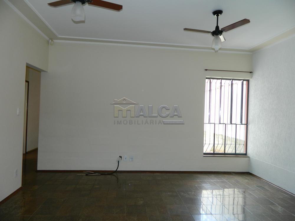 Alugar Casas / Padrão em São José do Rio Pardo apenas R$ 2.225,00 - Foto 5