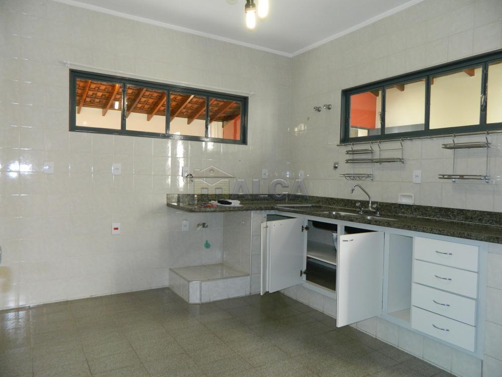 Alugar Casas / Padrão em São José do Rio Pardo apenas R$ 2.225,00 - Foto 8