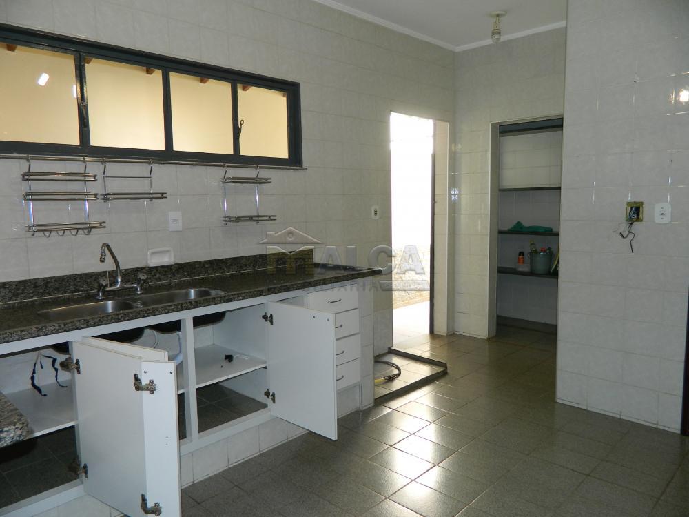 Alugar Casas / Padrão em São José do Rio Pardo apenas R$ 2.225,00 - Foto 9