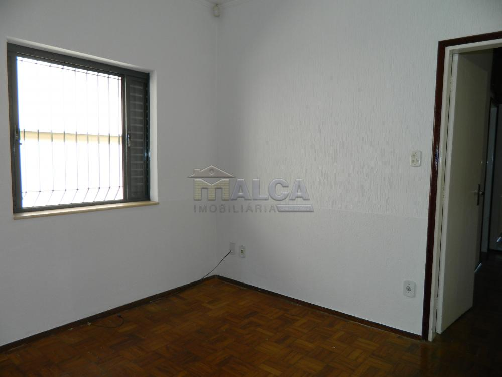 Alugar Casas / Padrão em São José do Rio Pardo apenas R$ 2.225,00 - Foto 25