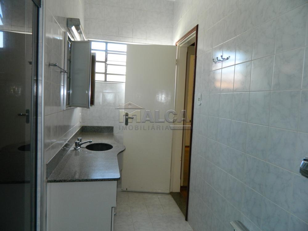 Alugar Casas / Padrão em São José do Rio Pardo apenas R$ 2.225,00 - Foto 32
