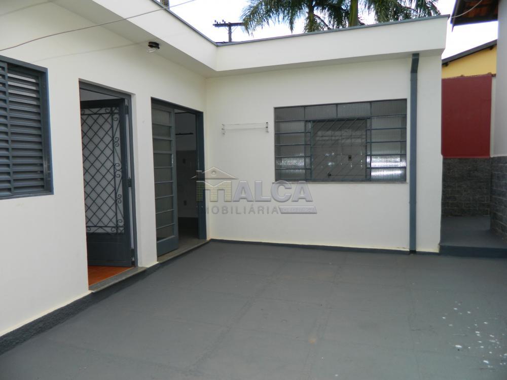 Alugar Casas / Padrão em São José do Rio Pardo apenas R$ 2.225,00 - Foto 38