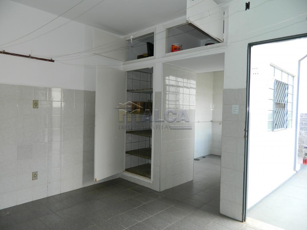 Alugar Casas / Padrão em São José do Rio Pardo apenas R$ 2.225,00 - Foto 46