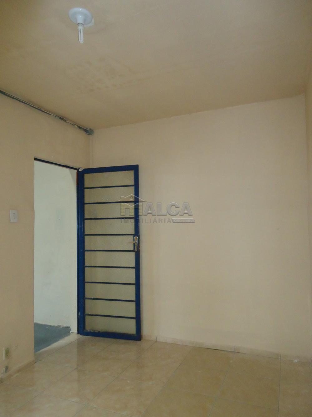 Alugar Comerciais / Barracões em São José do Rio Pardo apenas R$ 1.800,00 - Foto 8