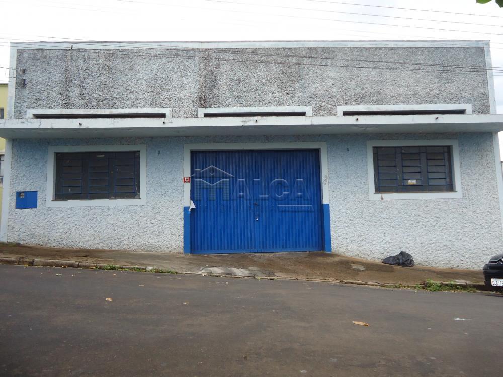 Alugar Comerciais / Barracões em São José do Rio Pardo apenas R$ 1.800,00 - Foto 1