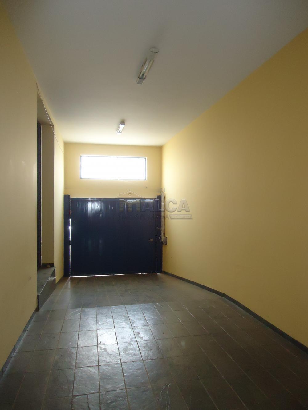 Alugar Casas / Sobrado em São José do Rio Pardo apenas R$ 2.000,00 - Foto 3