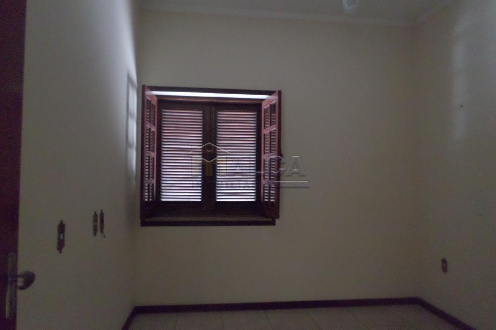 Alugar Casas / Padrão em São José do Rio Pardo R$ 2.000,00 - Foto 9