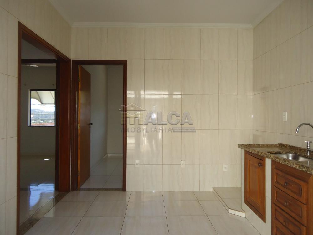 Alugar Apartamentos / Padrão em São José do Rio Pardo R$ 950,00 - Foto 14
